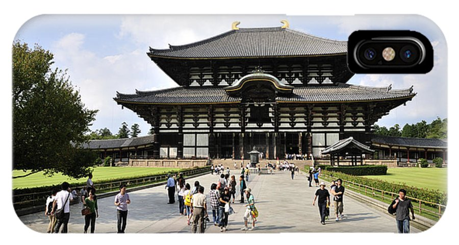 Todaiji Temple IPhone X / XS Case featuring the photograph Todaiji Temple by Andy Smy
