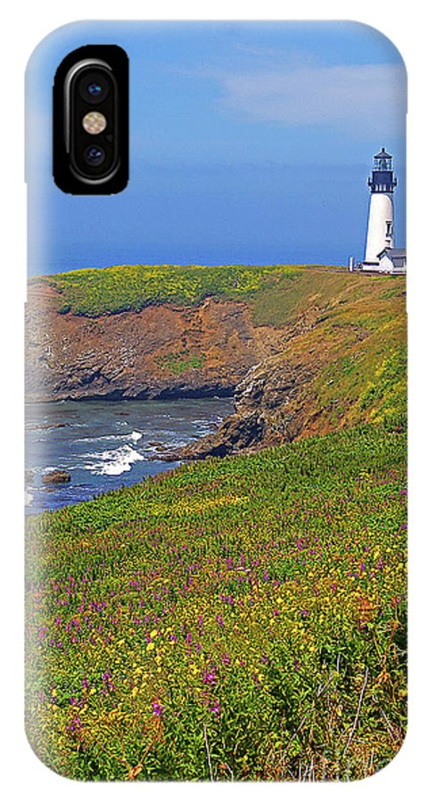 Oregon IPhone X Case featuring the photograph Yaquina Head Lighthouse by Rich Walter