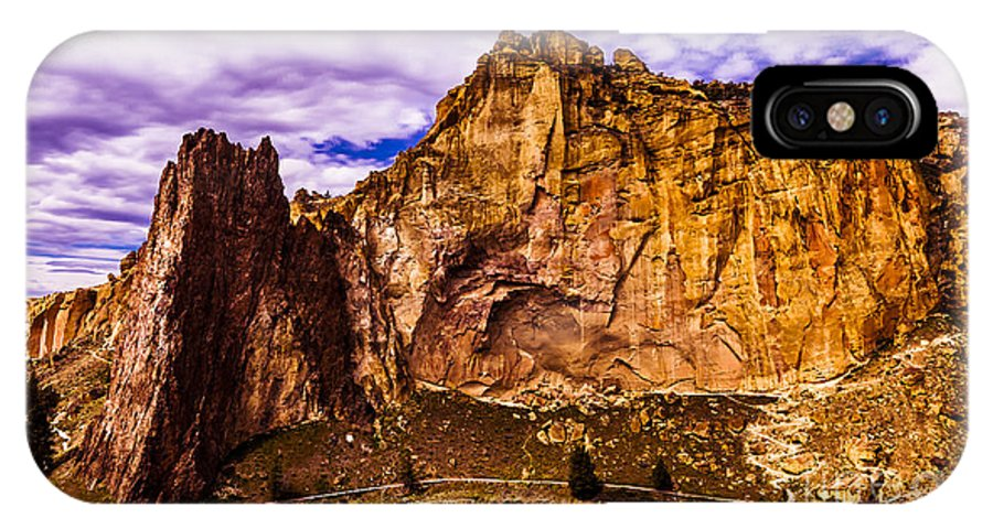 Landscape IPhone X / XS Case featuring the photograph 3-D by Adam Reisman