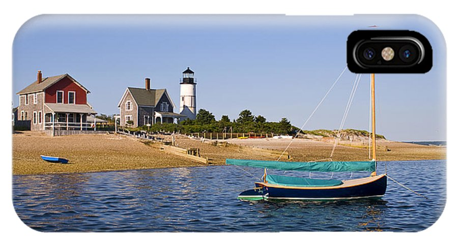 Sandy Neck IPhone X Case featuring the photograph Sandy Neck Lighthouse by Charles Harden