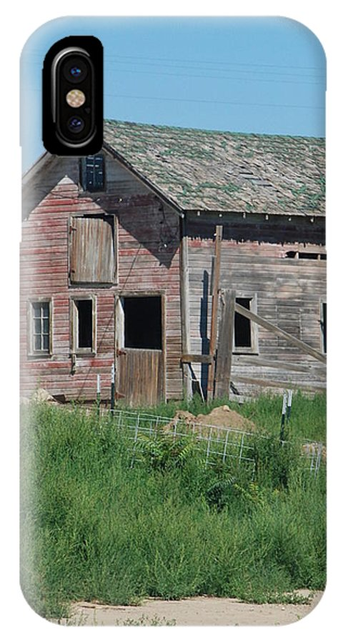 Farm IPhone X Case featuring the photograph A Drive In The Country by Margaret Fortunato