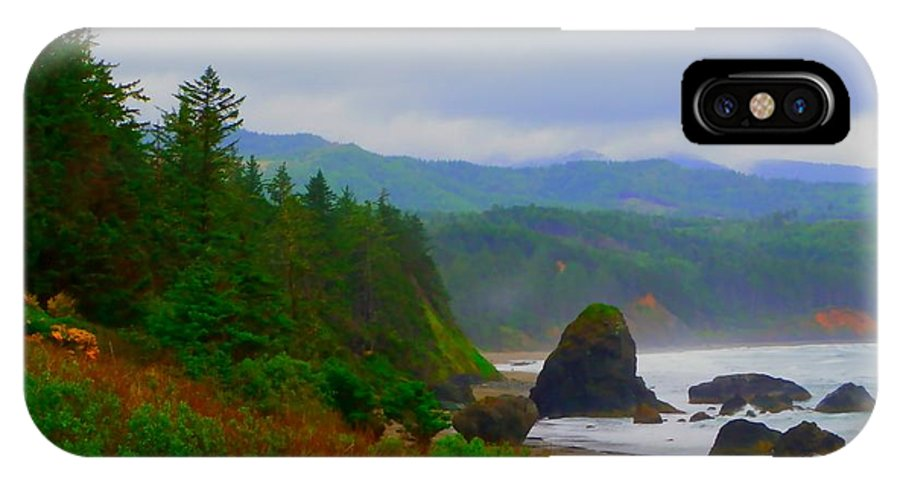 Outside IPhone X / XS Case featuring the photograph A Glimpse Of Oregon by Charleen Treasures