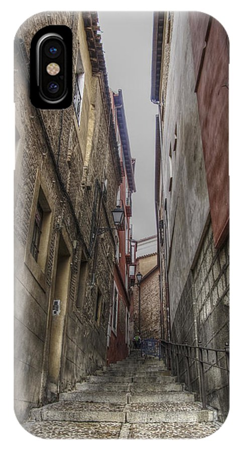 Photography IPhone X Case featuring the photograph Alley by Ignacio Leal Orozco