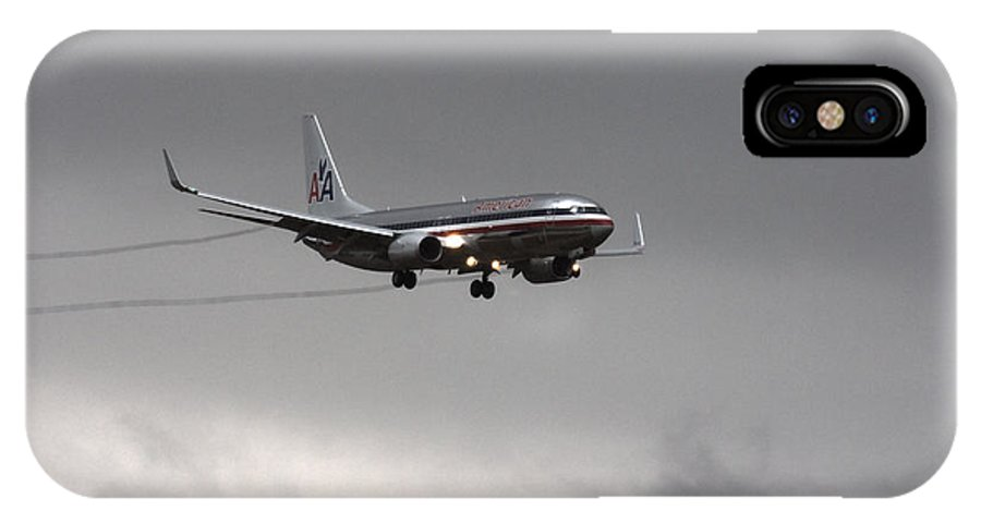 American Airlines Boeing 7 Series-dfw Airport IPhone X / XS Case featuring the photograph American Airlines-landing At Dfw Airport by Douglas Barnard