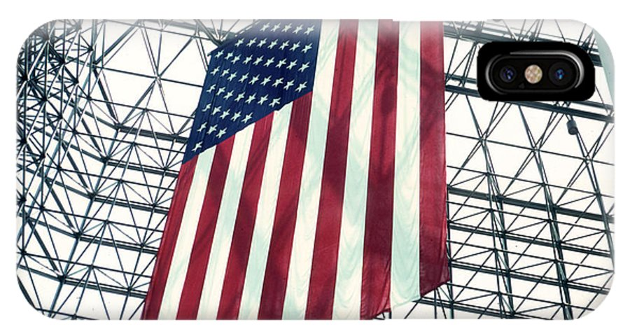 Flag IPhone X Case featuring the photograph American Flag In Kennedy Library Atrium - 1982 by Thomas Marchessault