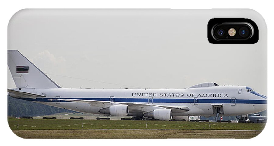 Horizontal IPhone X Case featuring the photograph An E-4 Advanced Airborne Command Post by Timm Ziegenthaler