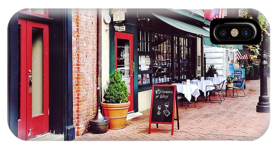 State Circle IPhone X Case featuring the photograph Annapolis Md - Restaurant On State Circle by Susan Savad