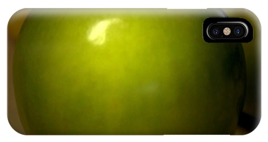Green Apples IPhone X Case featuring the photograph Apple by Linda Sannuti