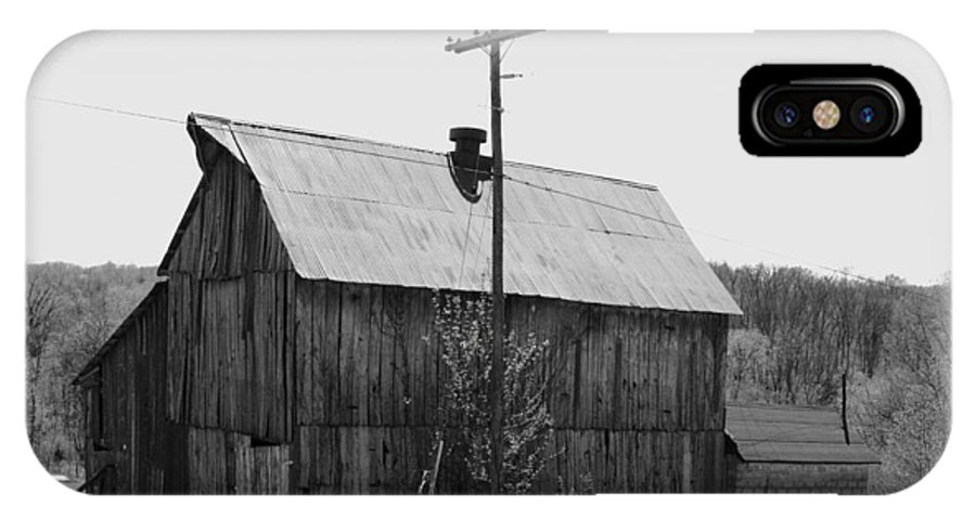 Barns IPhone Case featuring the photograph Barn On The Side Of The Road by Angus Hooper Iii