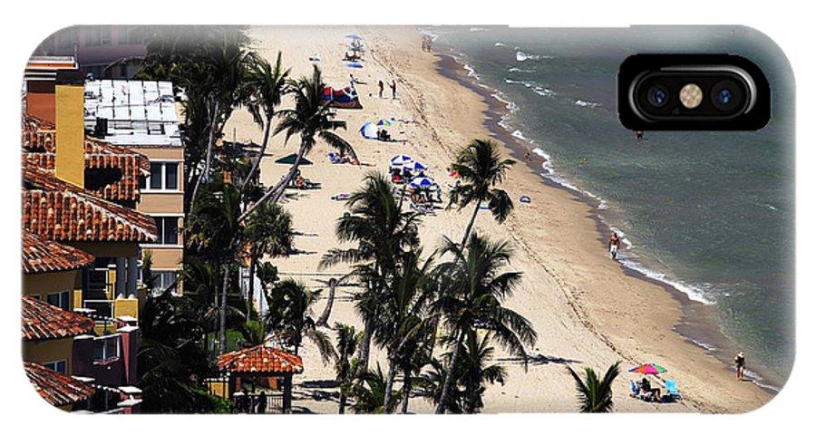 Beach IPhone X Case featuring the photograph Beach Scene by David Lee Thompson