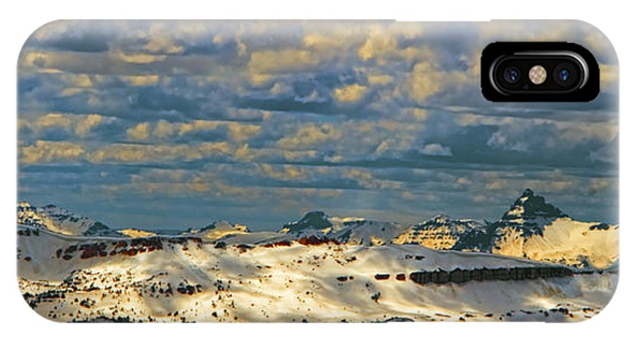 Beartooth Butte ( Red On Left) And Pilot & Index Mountains ( Peaks On Right) Are Seen From Beartooth Highway IPhone X Case featuring the photograph Bear Tooth Mountain Range by Gary Beeler