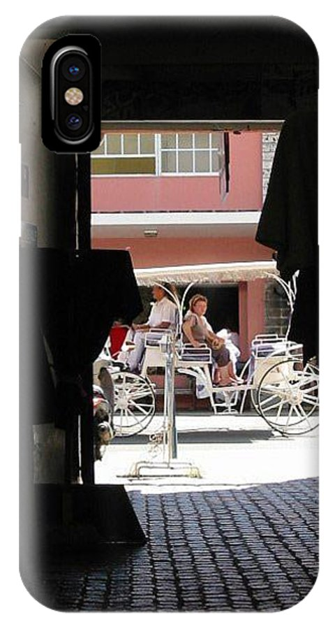 Bermuda IPhone Case featuring the photograph Bermuda Carriage by Ian MacDonald