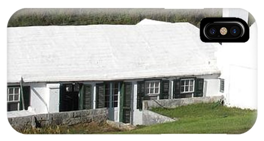 Bermuda IPhone X Case featuring the photograph Bermudian Centuries Old Cottage by Ian MacDonald