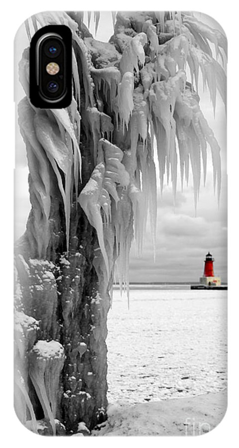 Lighthouse Ann Arbor Park IPhone X Case featuring the photograph Beyond The Ice Reaper's Grasp - Menominee North Pier Lighthouse by Mark J Seefeldt