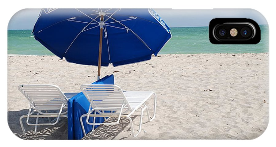 Sea Scape IPhone X Case featuring the photograph Blue Paradise Umbrella by Rob Hans