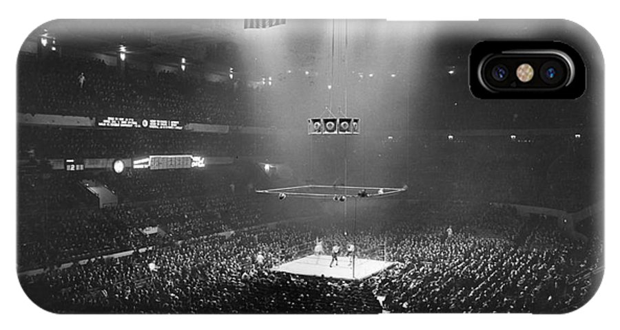 1941 IPhone X Case featuring the photograph Boxing Match, 1941 by Granger