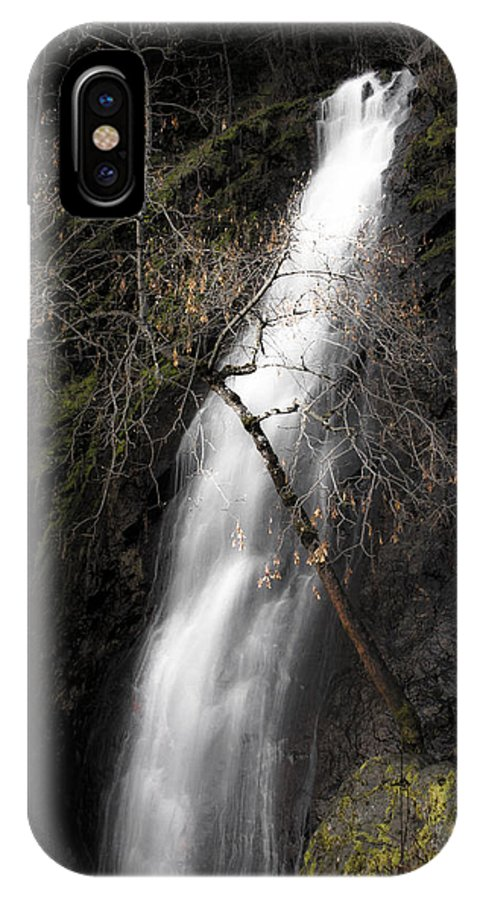Bridal Veil Falls IPhone X Case featuring the photograph Bridal Veil Falls by Wes Jimerson
