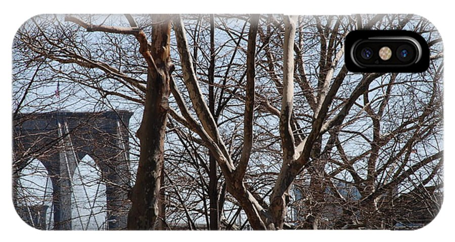 Architecture IPhone X Case featuring the photograph Brooklyn Bridge Thru The Trees by Rob Hans