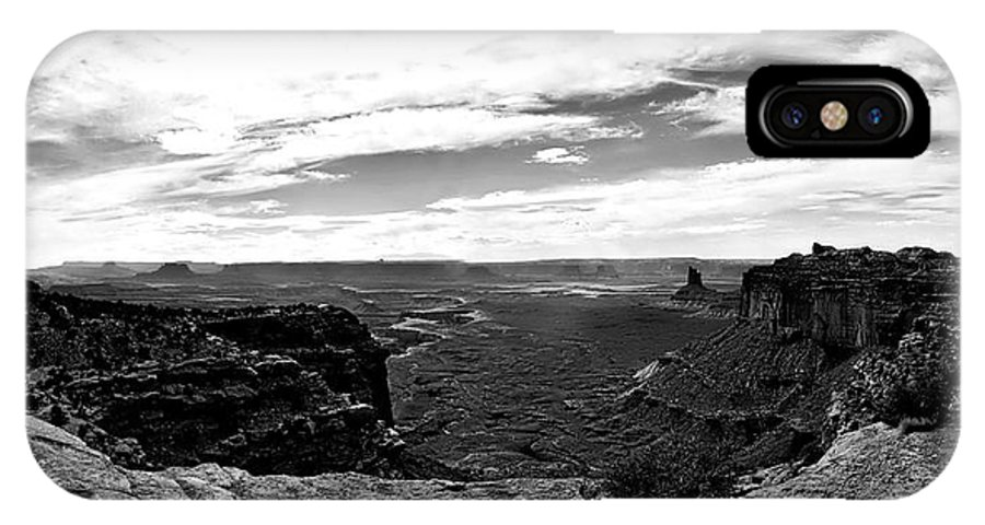 Green River IPhone X Case featuring the photograph Canyonlands National Park Utah Pan 06 Bw by Thomas Woolworth