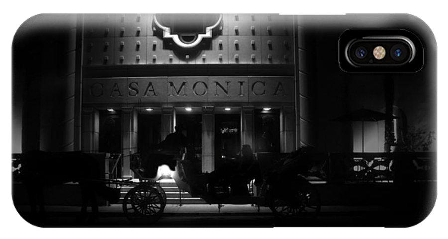 Carriage IPhone X Case featuring the photograph Carriage Ride At The Casa Monica by David Lee Thompson