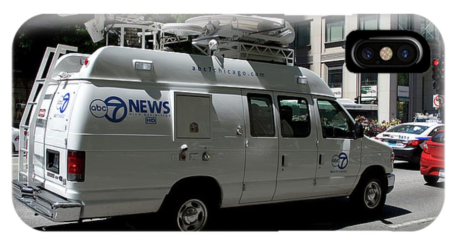 Chicago IPhone X Case featuring the photograph Chicago Abc 7 News Truck by Thomas Woolworth