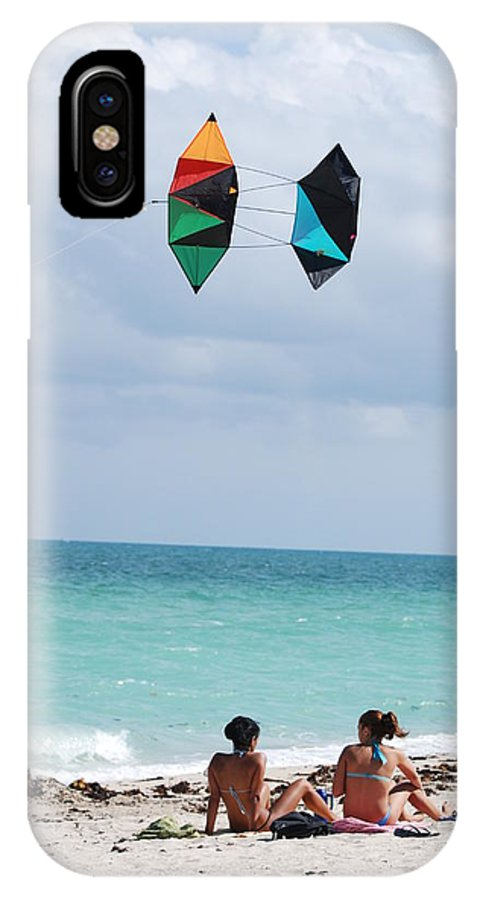 Sea Scape IPhone X Case featuring the photograph Close Encounters by Rob Hans