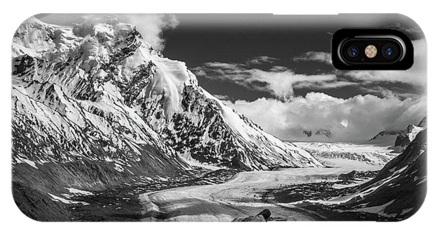 Landscape IPhone X Case featuring the photograph Cloud Nine by Siddhartha De