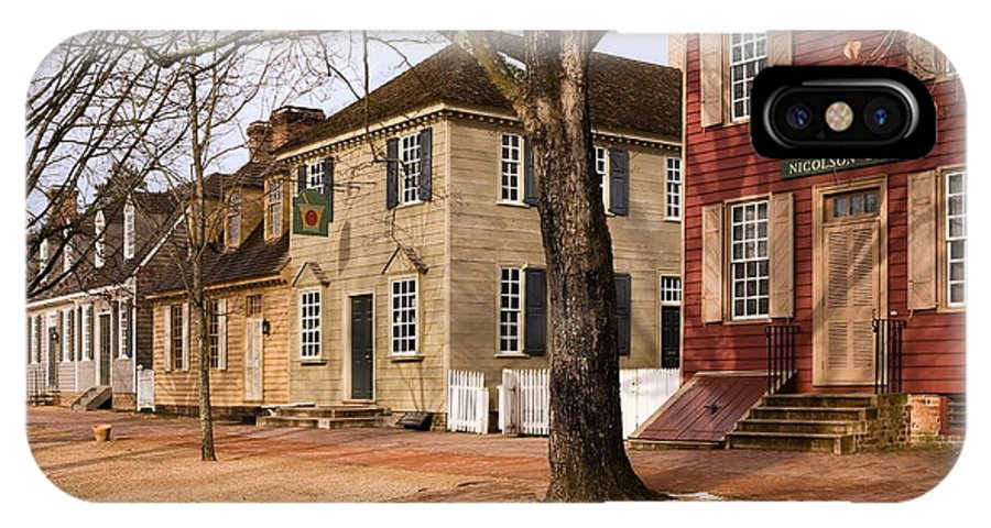 Duke Of Gloucester Street IPhone X Case featuring the photograph Colonial Street Scene by Sally Weigand