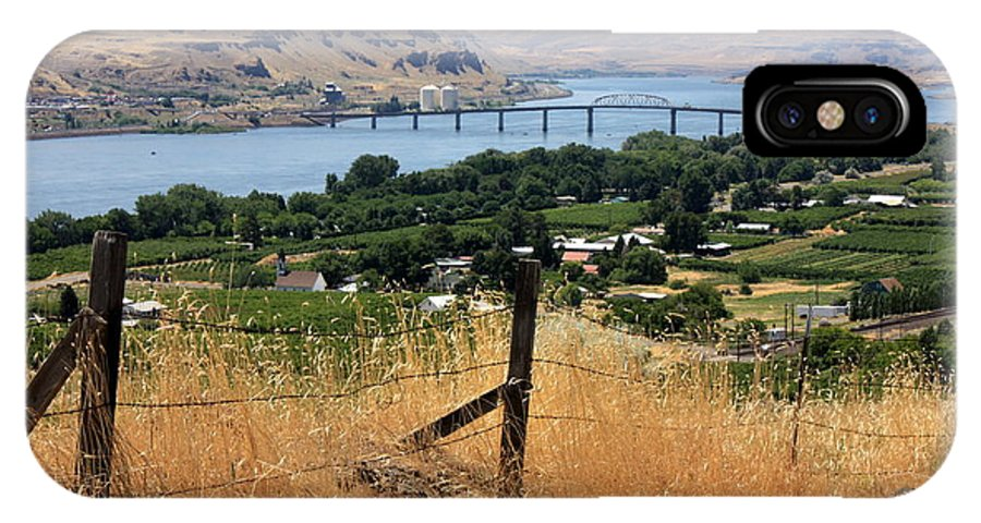 River IPhone X Case featuring the photograph Columbia River - Biggs And Maryhill State Park by Carol Groenen