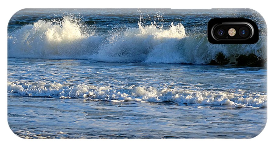 Ocean IPhone X Case featuring the photograph Crisp Winter Light On Waves by Dianne Cowen