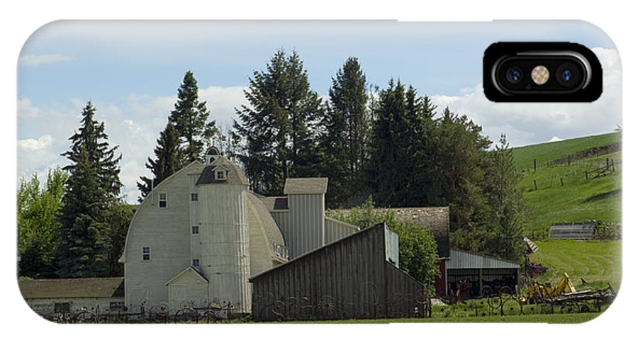 Barn IPhone X Case featuring the photograph Dahmen Barn Historical by Louise Magno