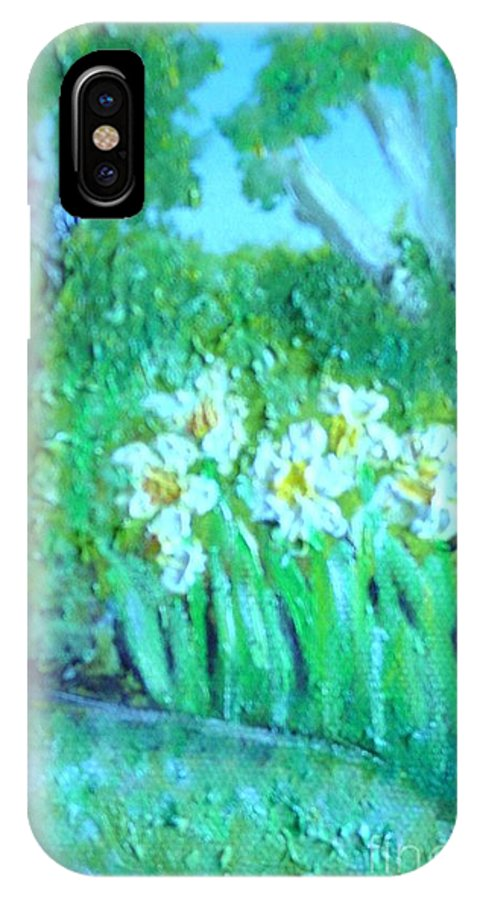 Daffodils IPhone X / XS Case featuring the painting Dependable Daffodils by Laurie Morgan