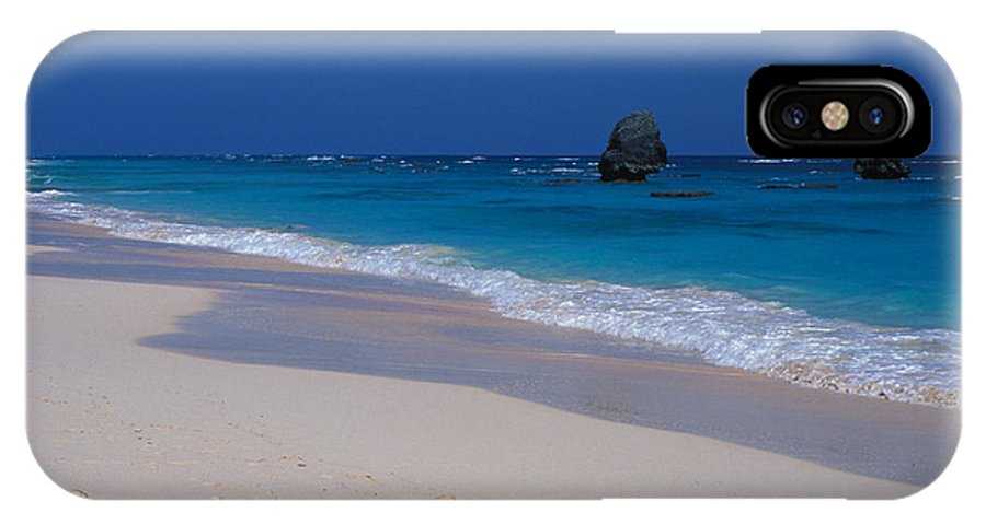 Photography IPhone X Case featuring the photograph Deserted Beach In Bermuda by Carl Purcell