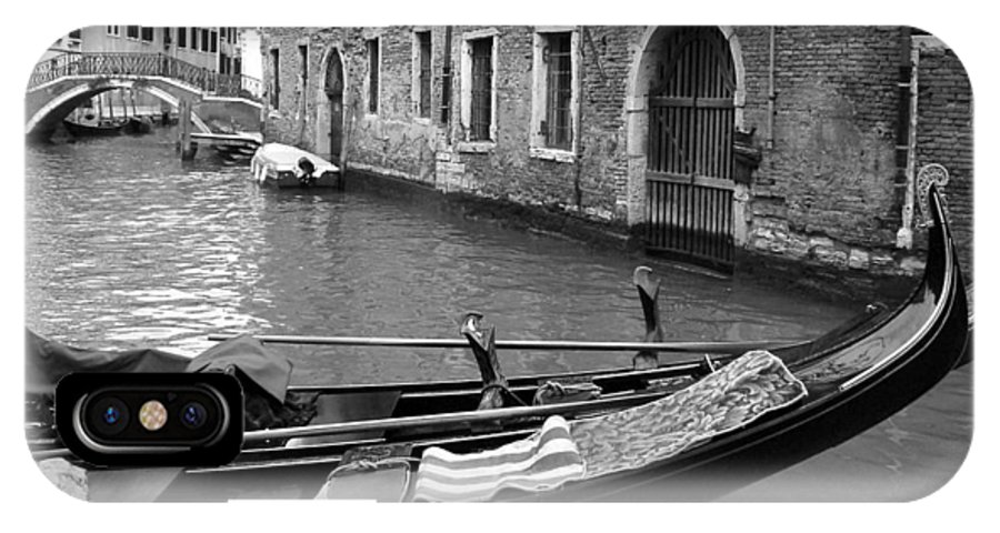 Venice IPhone X Case featuring the photograph Double Parked by Donna Corless
