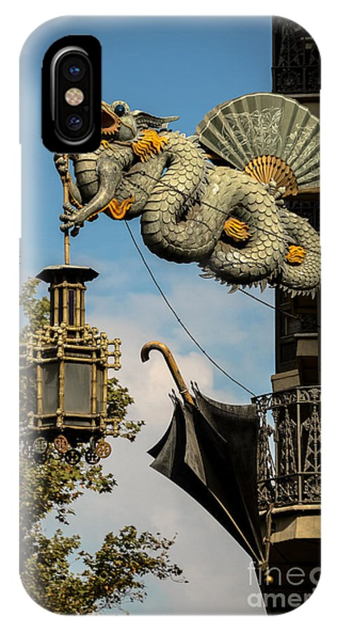 Photography IPhone X / XS Case featuring the photograph Dragon And Umbrella Sing In Barcelona by RicardMN Photography