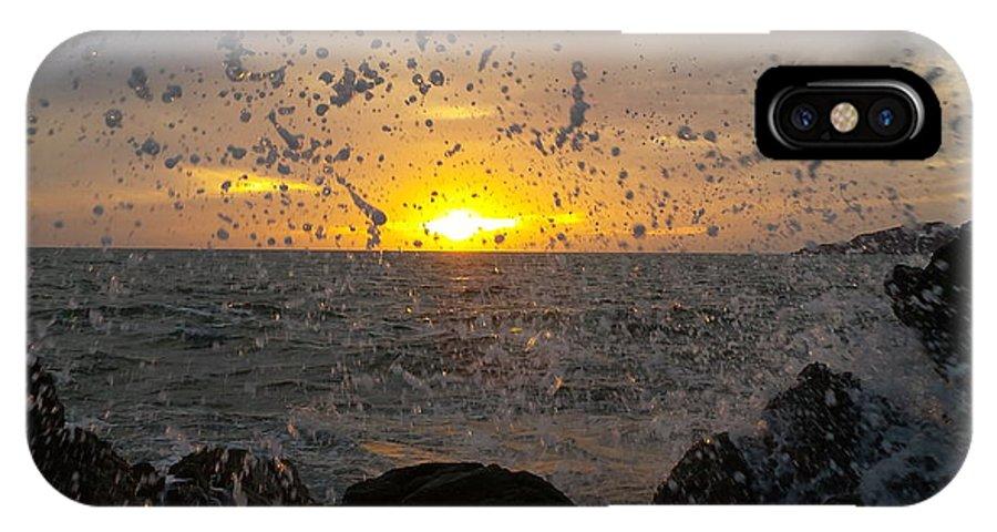 Mazatlan IPhone X Case featuring the photograph Drops, Sun And Sea by Rodrigo Becerril