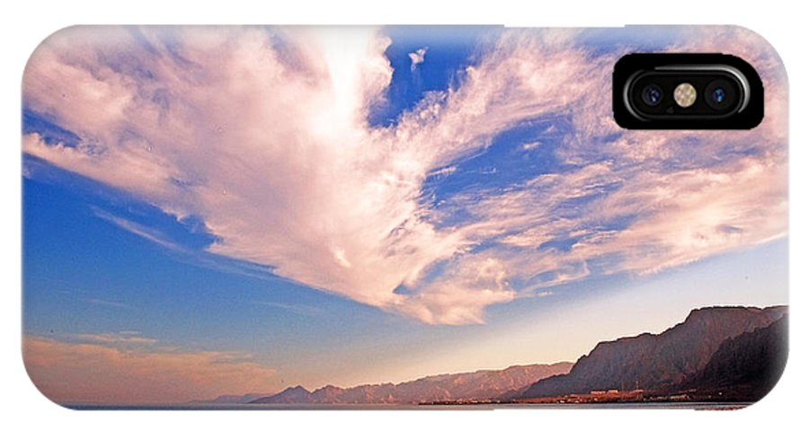 Taba Heights IPhone X Case featuring the photograph Egyptian Desert Coast And The Red Sea by Chris Smith