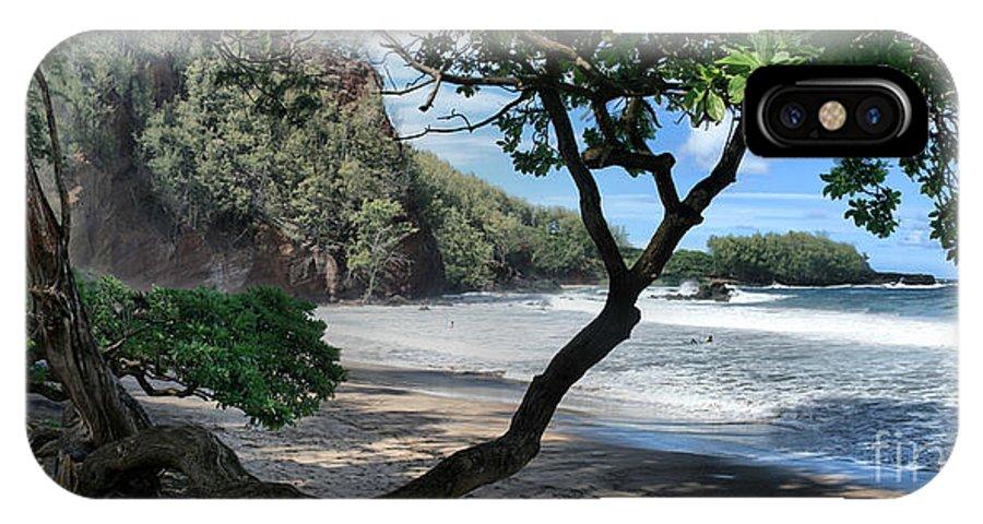 Aloha IPhone X Case featuring the photograph Enchanted Rocks Koki Beach Haneoo Hana Maui Hawaii by Sharon Mau