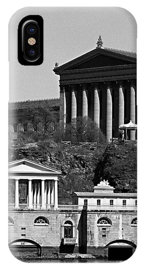 Philadelphia Art Museum IPhone X Case featuring the photograph Face Facade by Don Mennig