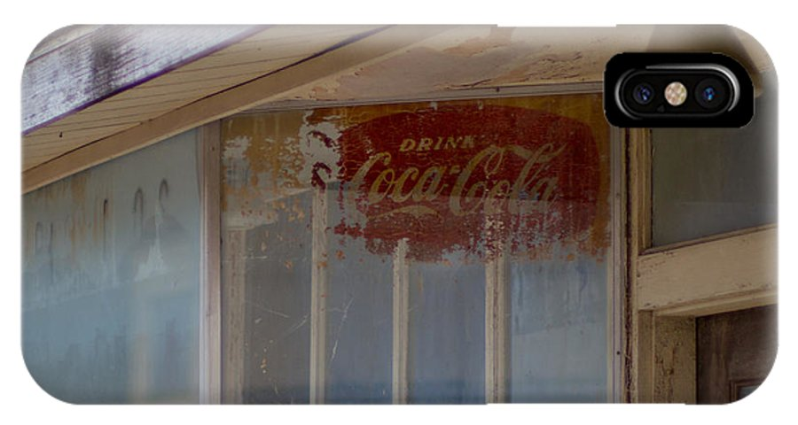 Vanishing Texas IPhone X / XS Case featuring the photograph Faded Coca-cola Sign #vanishingtexas Storefront Rosebud by Trace Ready