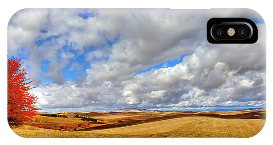 Autumn On The Palouse Hills IPhone X Case featuring the photograph Fall Color On The Palouse by David Patterson