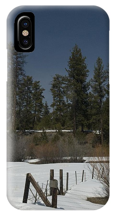 Fence IPhone X Case featuring the photograph Fence In Snow by Sara Stevenson