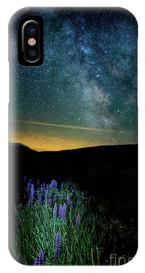 St Matthews Church IPhone X Case featuring the photograph Field Of Dreams by Scott Thorp