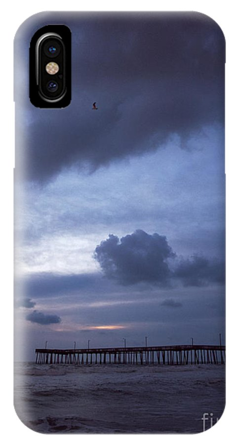 Ocean IPhone X Case featuring the photograph Fishing Pier At Dawn by Rachel Morrison