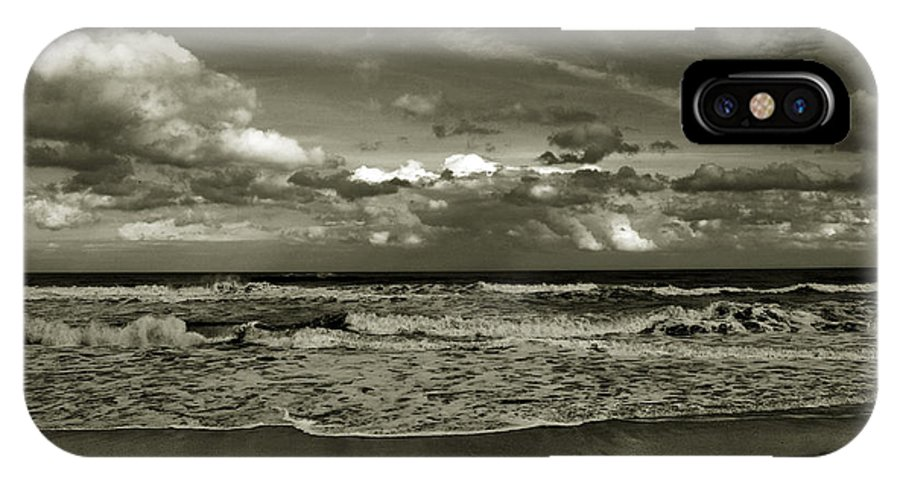 Ocean IPhone X Case featuring the photograph For Ever And Ever by Susanne Van Hulst