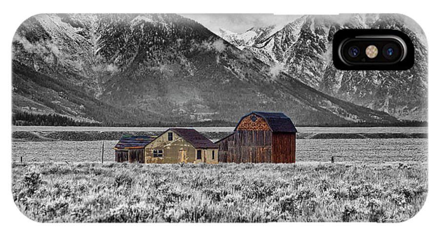 Grand Tetons IPhone X / XS Case featuring the photograph Forgotten Homestead by Richard Cronberg