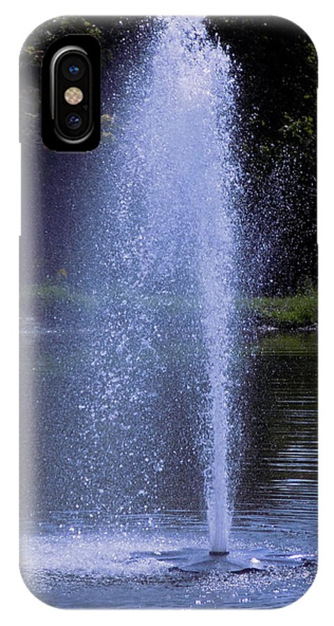 Fountain IPhone X / XS Case featuring the photograph Fountain by William Tasker
