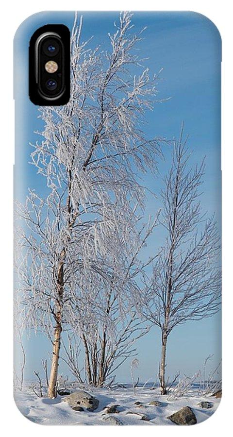 Talvi IPhone X / XS Case featuring the photograph Frozen Views 1 by Jouko Lehto