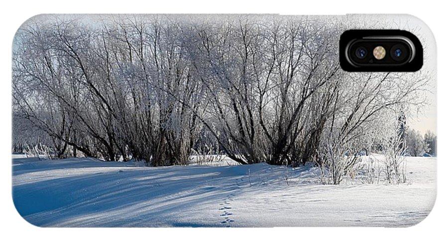 Talvi IPhone X / XS Case featuring the photograph Frozen Views 4 by Jouko Lehto