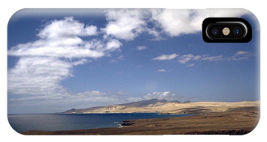 Fuerteventura IPhone X Case featuring the photograph Fuerteventura II by Flavia Westerwelle